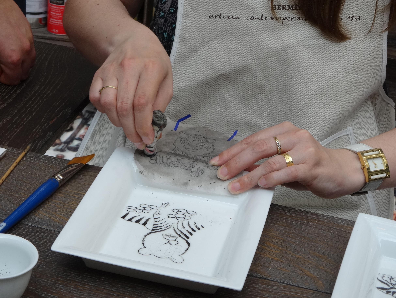 Hermes Festival des Metiers Porcelain Painter 4 HappyFace313