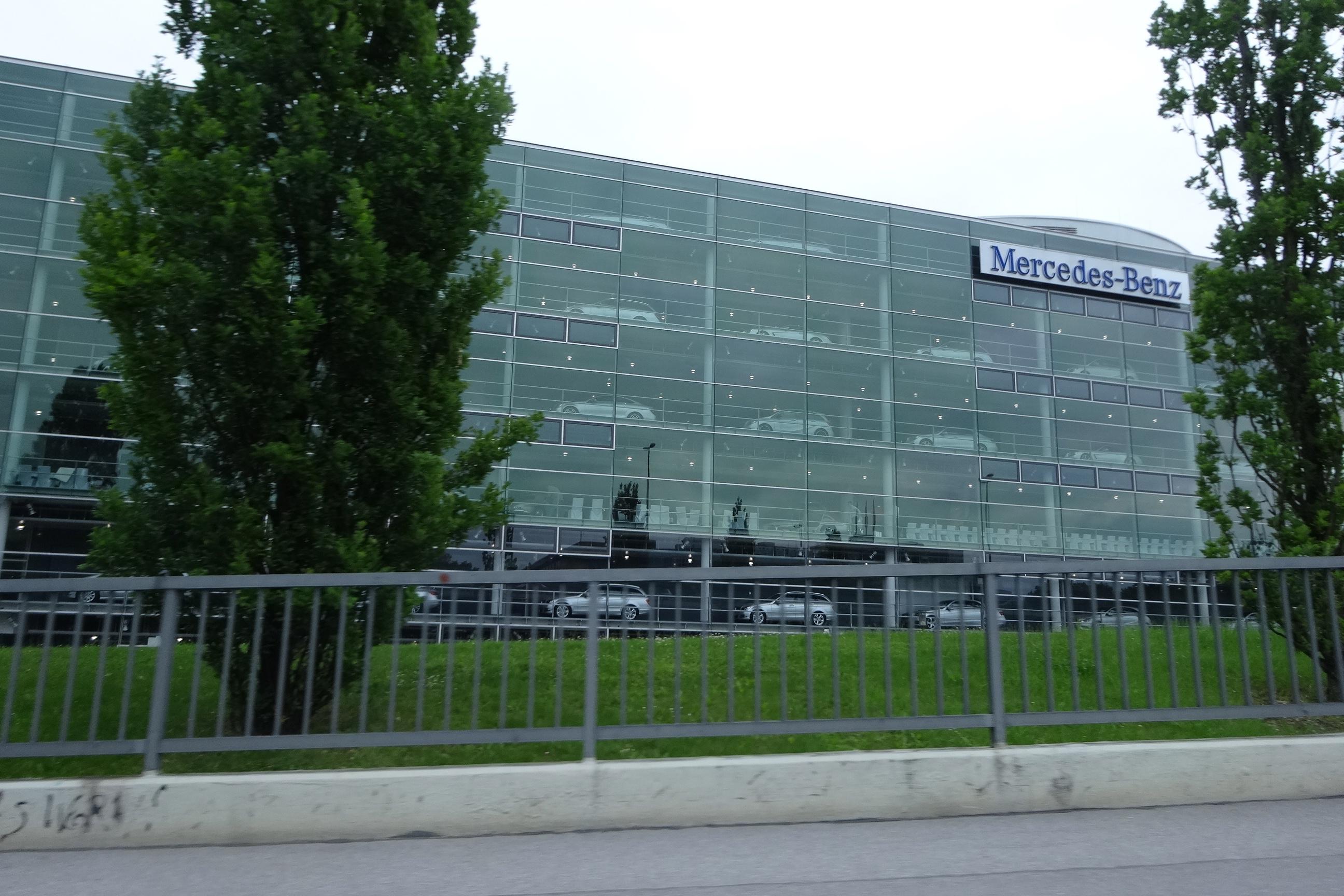 Mercedes-Benz München, Niederlassung Arnulfstraße