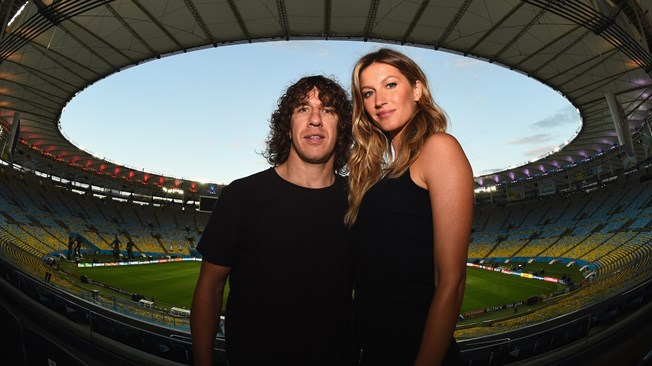 Carles Puyol & Gisele Bündchen, © Mike Hewitt FIFA via Getty Images