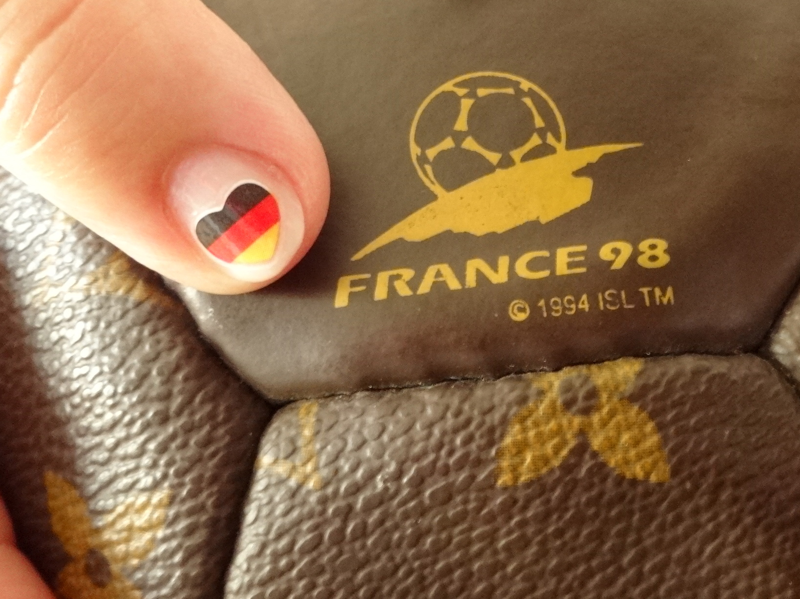 Louis Vuitton football essence Jogis eleven HappyFace313