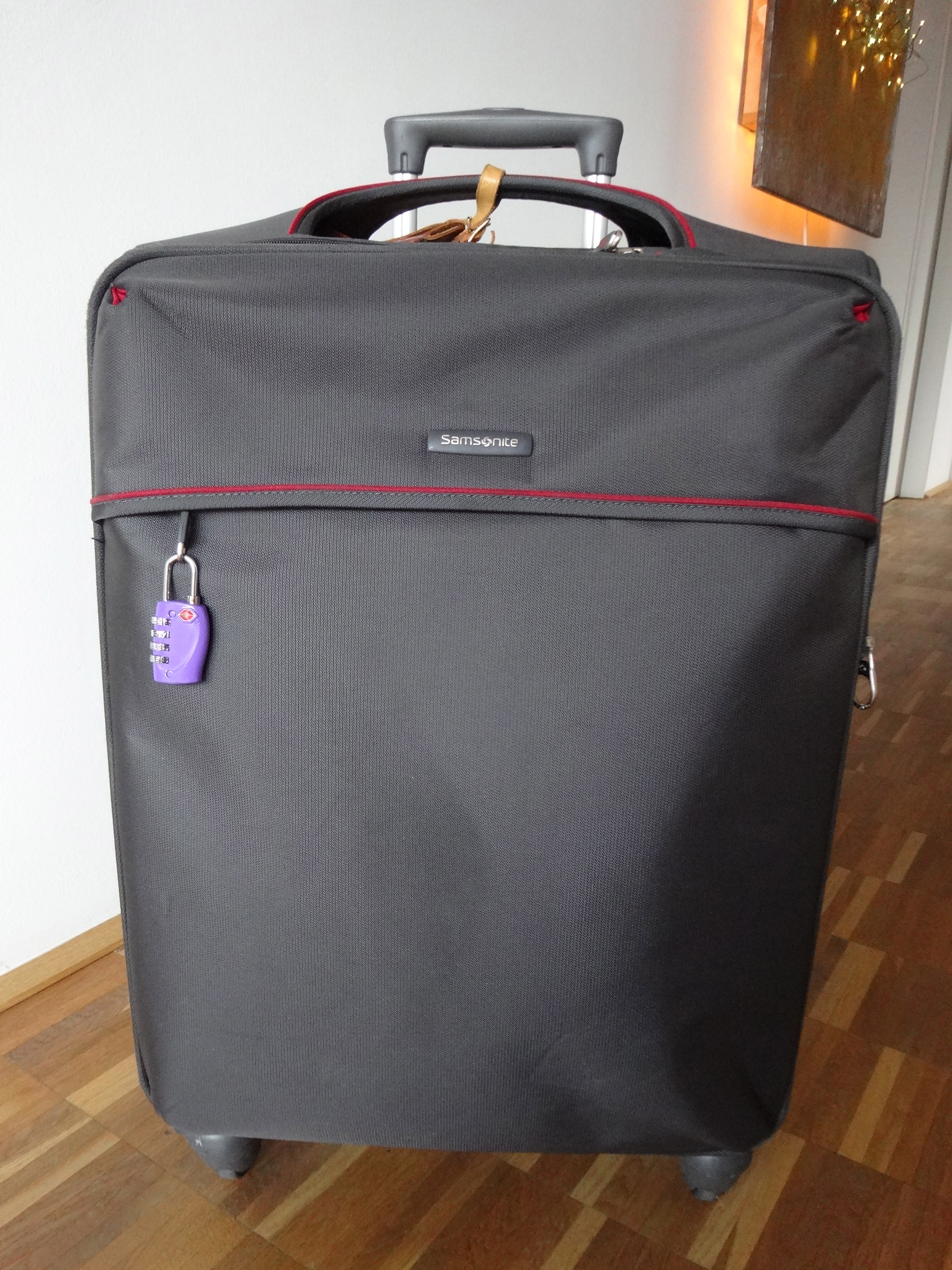 medium Samsonite, 4 wheels / 4 Räder