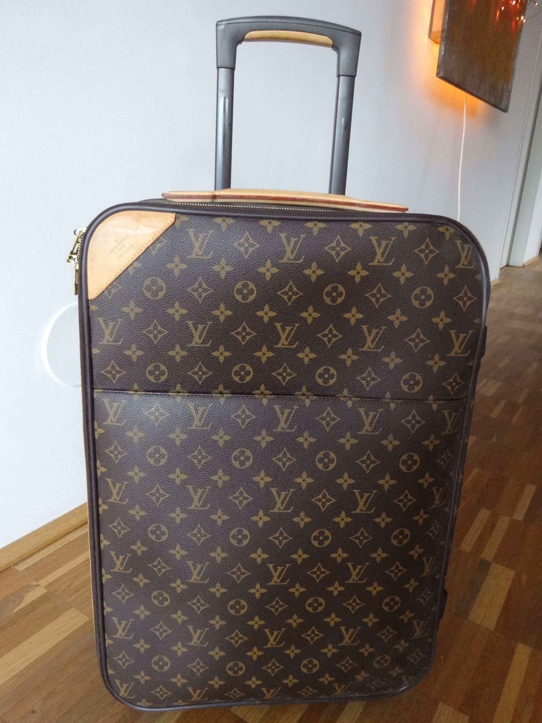 Louis Vuitton Pegase 55, 2 wheels / 2 Rollen