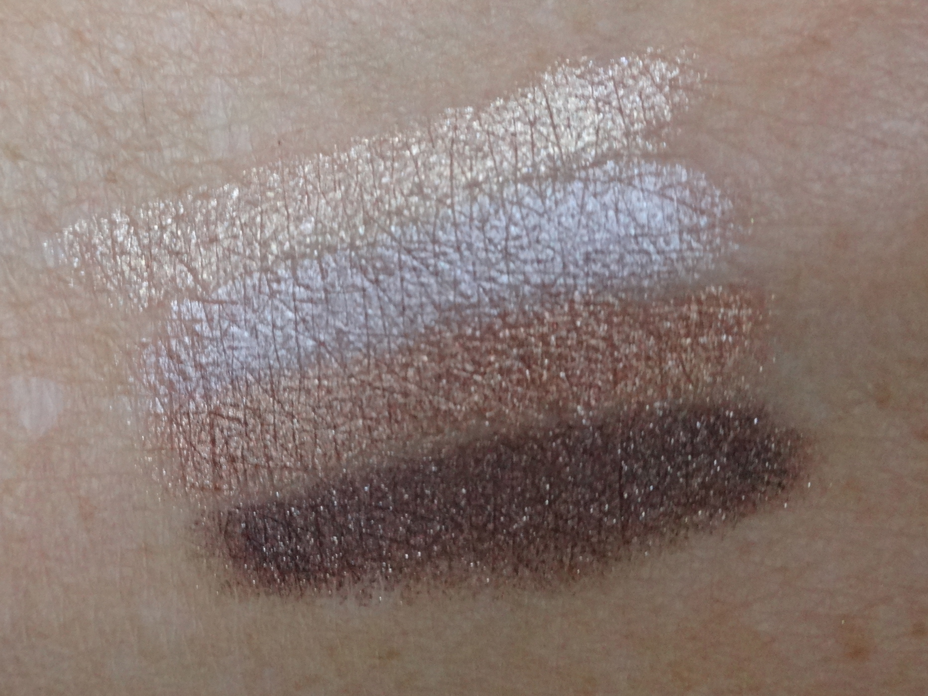 Swatch Gosh Forever Eyeshadow: 02, 01, 03, 04