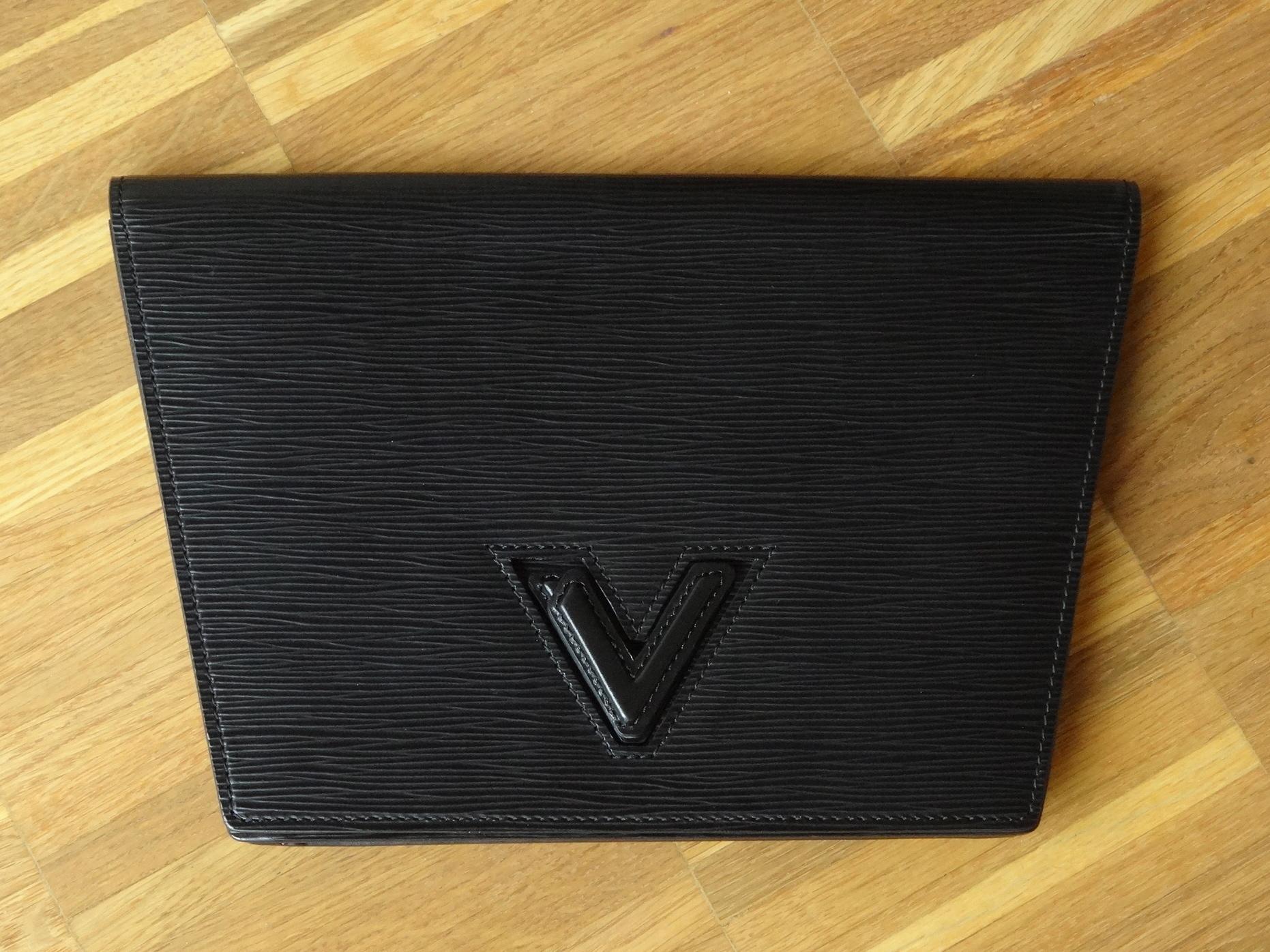 Louis Vuitton Pochette Trapèze V