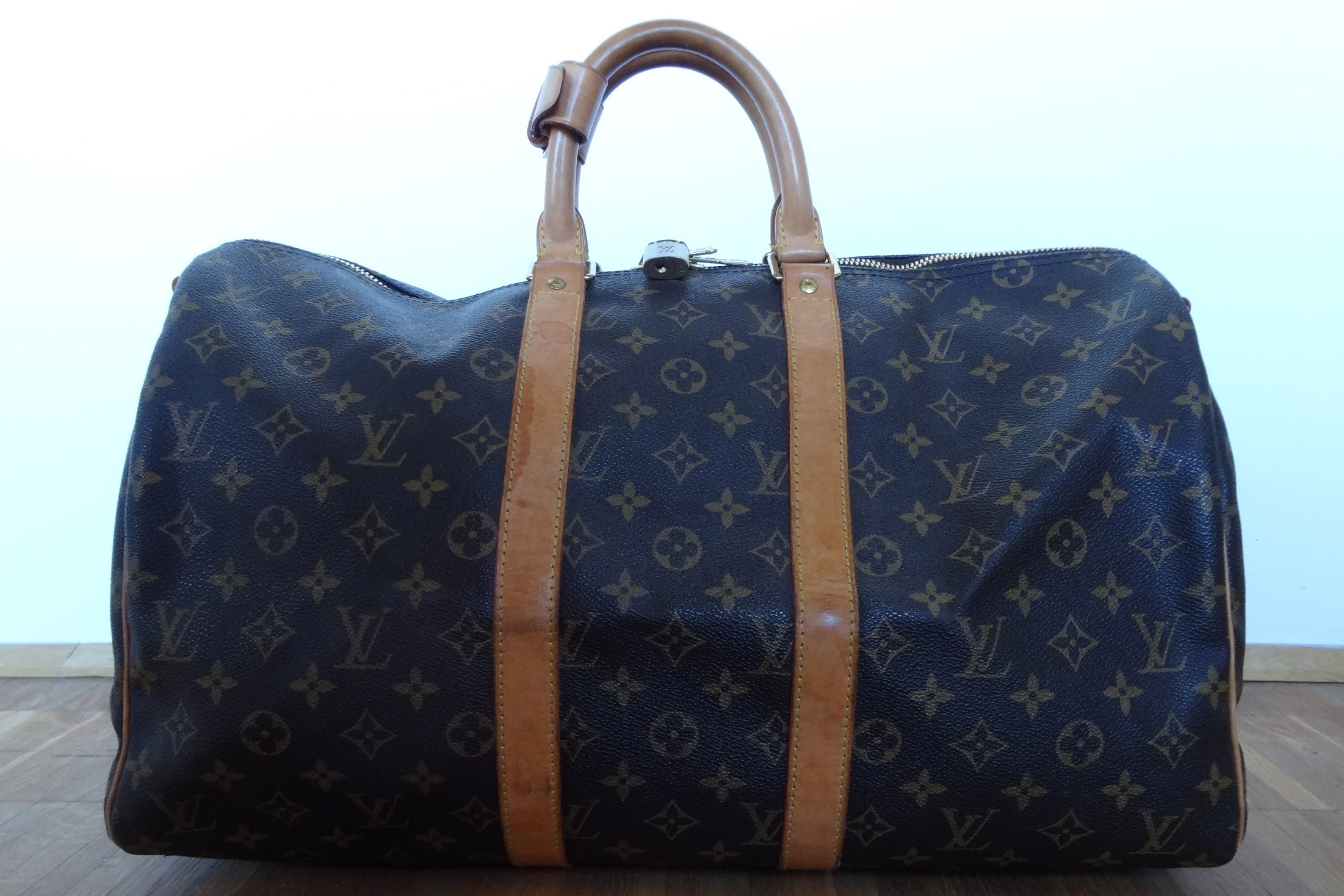 my small Louis Vuitton Keepall Bandoulière size 45