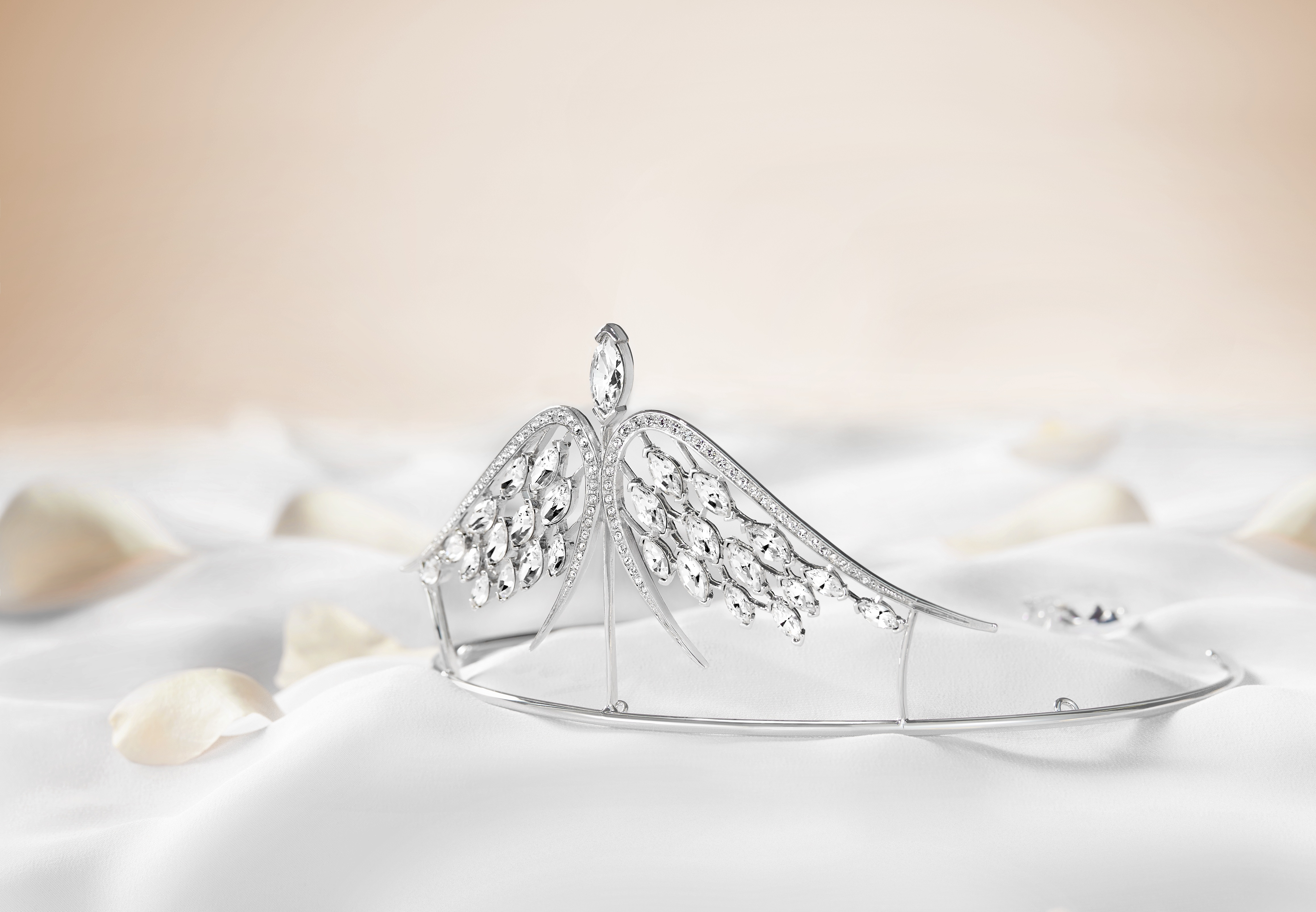 "© Swarovski - ""Swift"" Tiara for the 2015 Opera Ball by Shaun Leane"