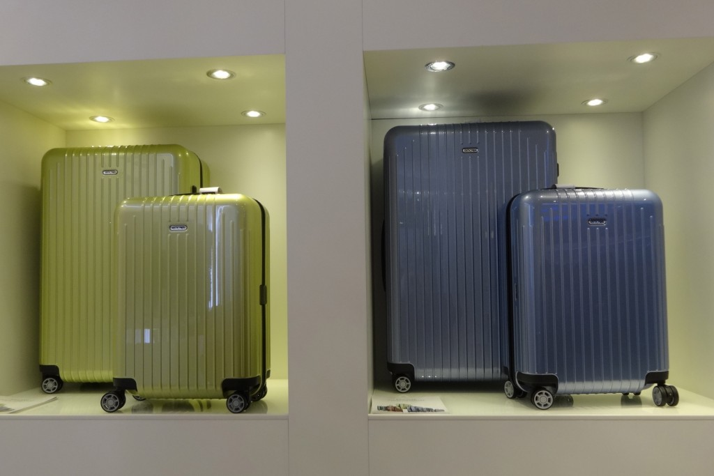What to pack? Lets start with a Rimova suitcase