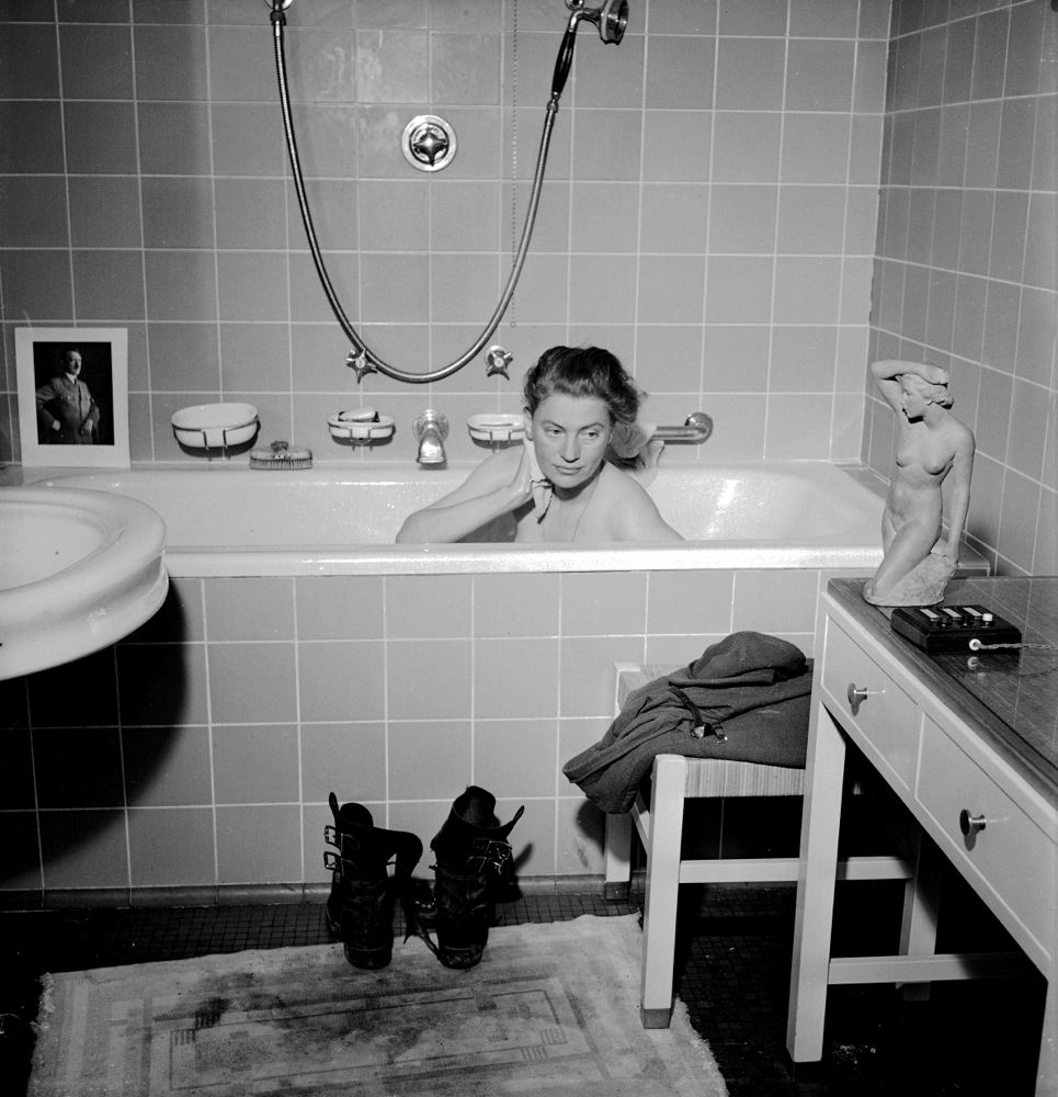 Lee Miller with David E. Scherman, Lee Miller in Hiterl's Bathtub, Munich, Gemany, 1945