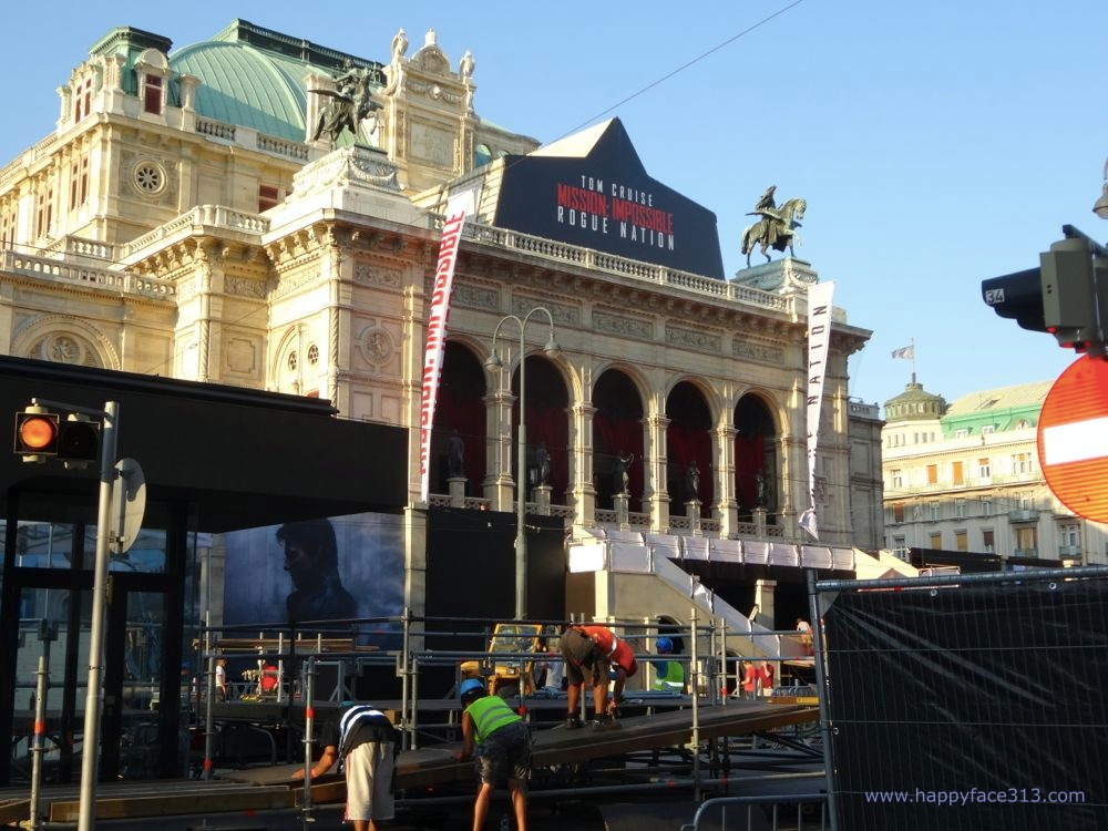 construction work at the opera  / Umbauarbeiten for der Oper