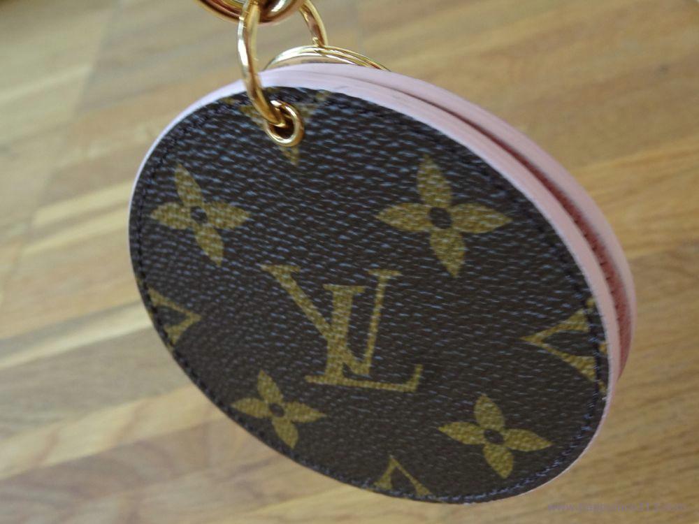 LV Monogram / Rose Ballerine Taschenschmuck
