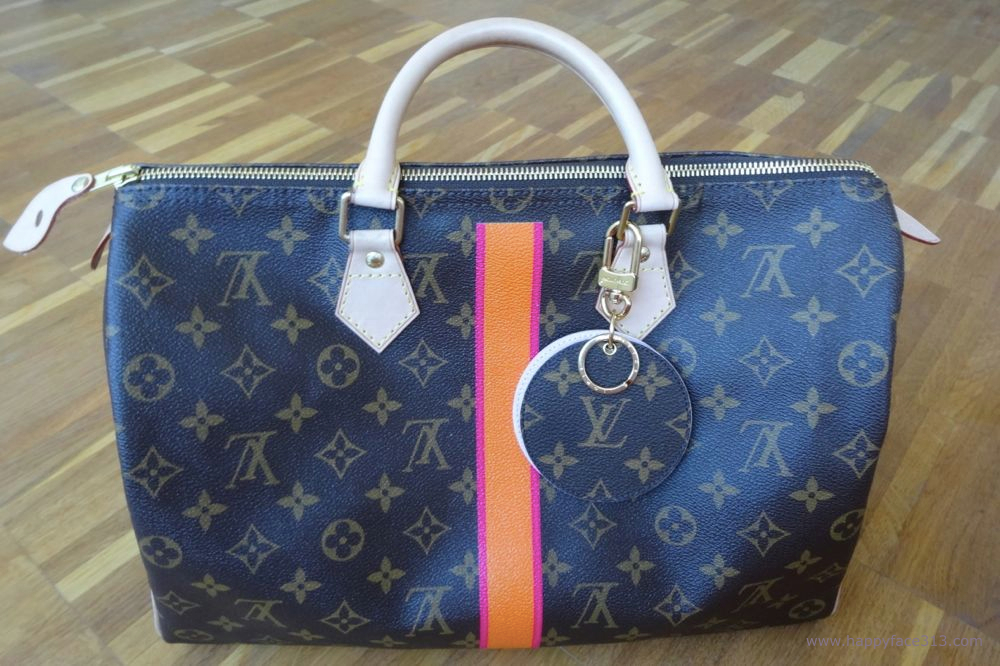 Louis Vuitton Mon Monogram Speedy with Mirror Key Holder