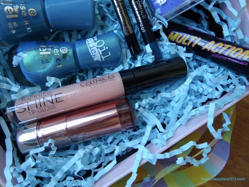 essence nail polish, mascaralipstick, catrice lipgloss