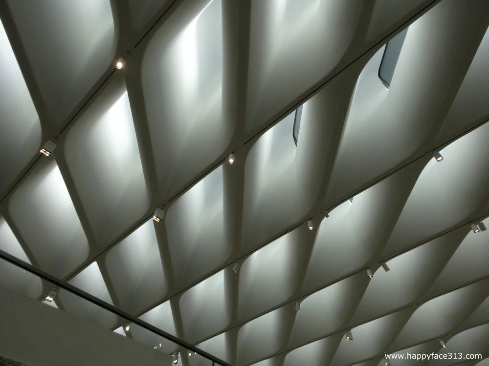 honeycomb veil ceiling / Waben-Schleier Decke