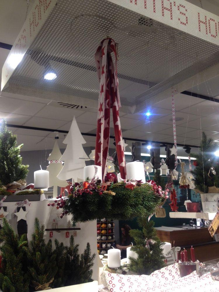 traditionelle Weihnachtsfarben - rot und weiss