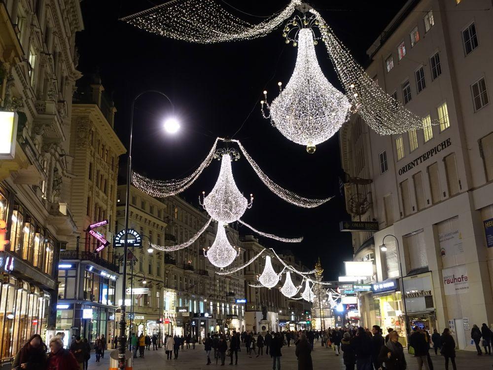 Cbristmas decorations on Graben