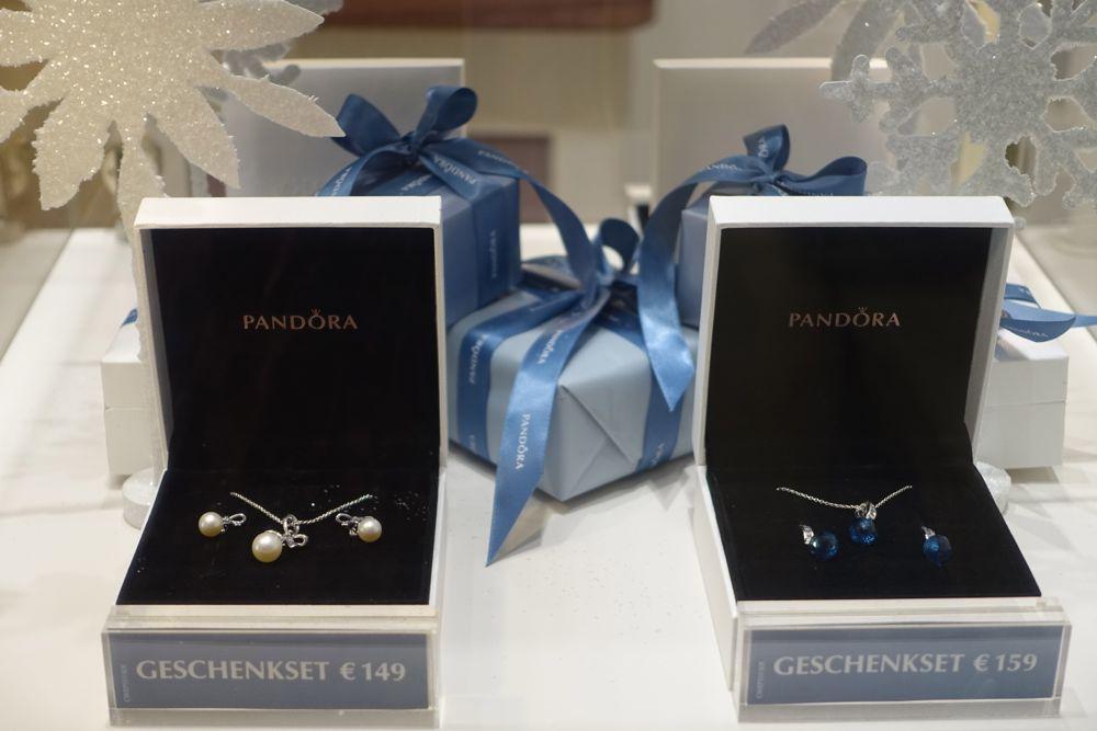Pandora Christmas gift sets