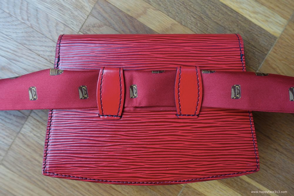 Louis Vuitton Pochette Tilsitt. Castillan Red Epi Leather
