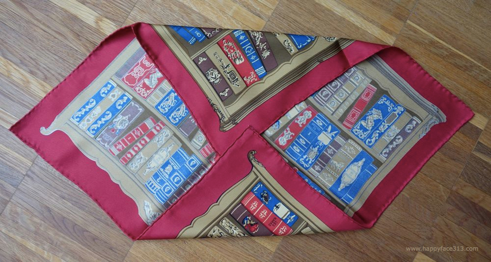 Hermès Bibliotheque Gavroche / Pocket scarf / Pochette