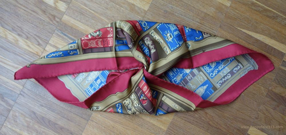 HappyFace313-Hermes-Bibliotheque-Pocket-Scarf-3