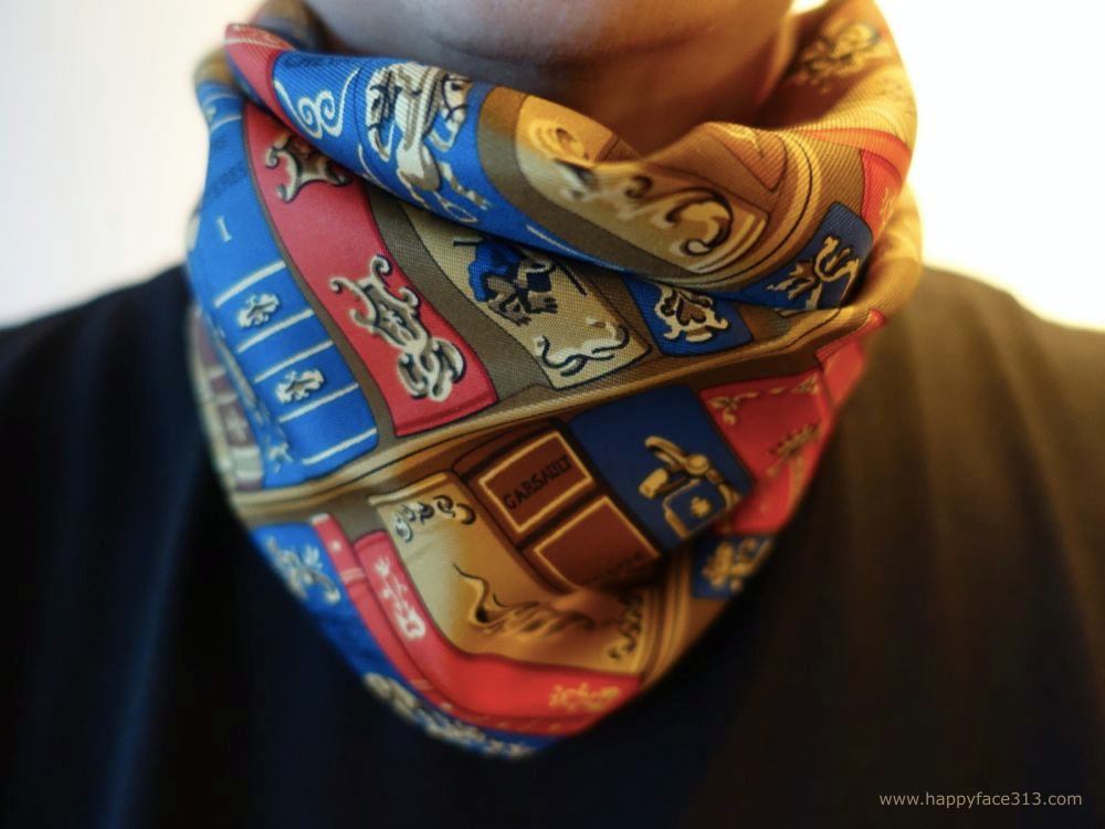 How I wear my Pocket Scarf 1 / Wie ich mein Gavroche trage 1