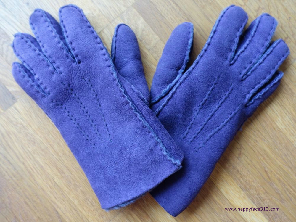 HappyFace313-How-I-Wear-My-Gloves-15