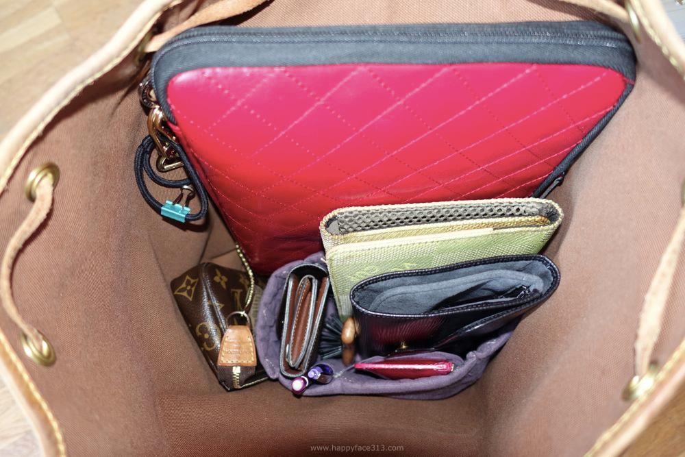 backpack with contents / Rucksack mit Inhalt