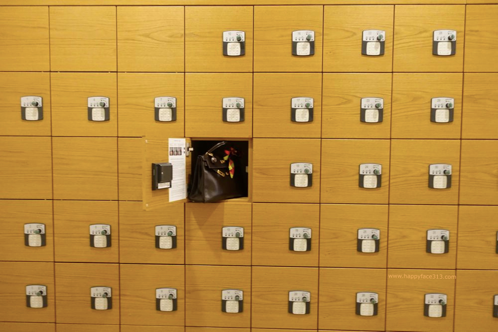 HappyFace313-Hermes-Kelly-Museum-Locker-2