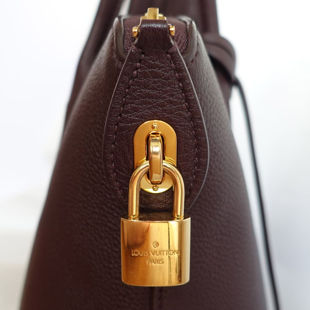 LV Cassis Veau Bougie & gold hardware