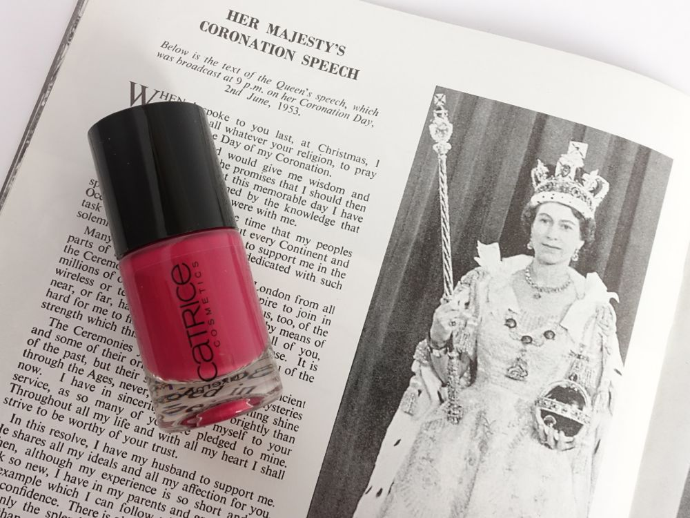 Glossybox Classy Queen - CATRICE Ultimate Nail Lacquer