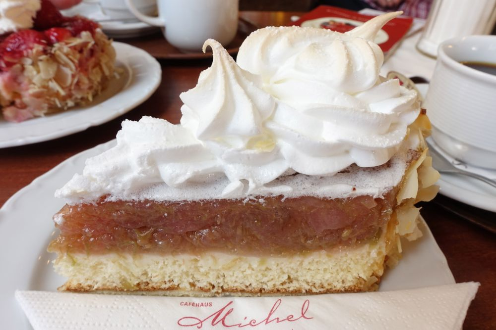Café Michel - rhubarb cake with meringue topping