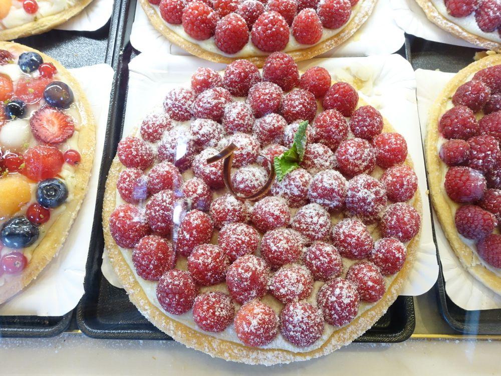 Café Michel - raspberry tart / Himbeer Torte