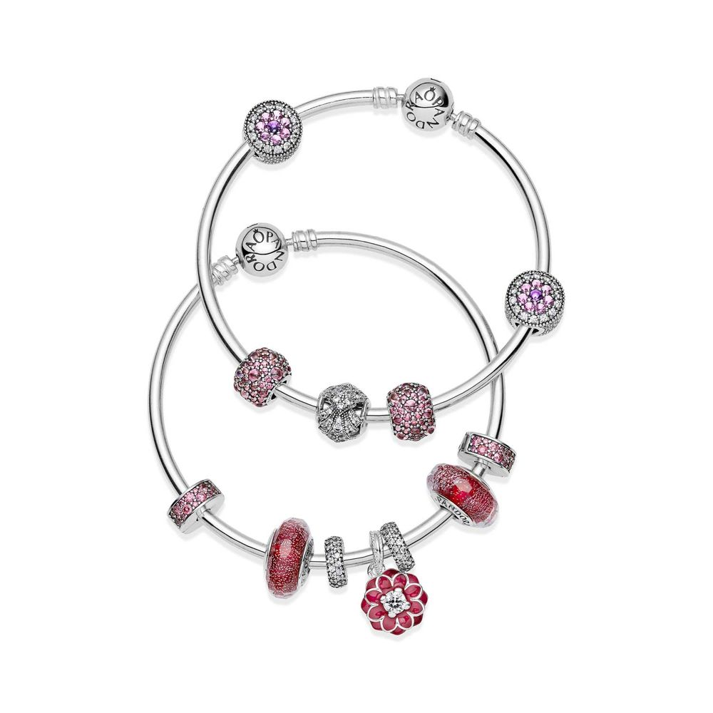 red themed charms / rote Charms - © Pandora
