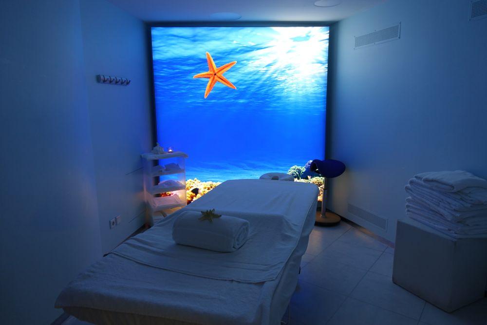 NIVEA Haus - spa room / Behandlungszimmer