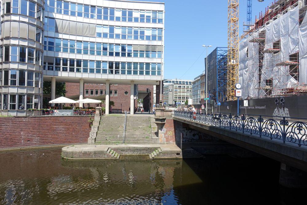 Stadthausbrücke / Stadthausbruecke-bridge