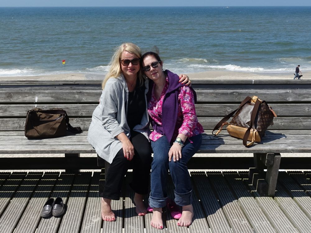 comfy in jeans by the beach with my friend A