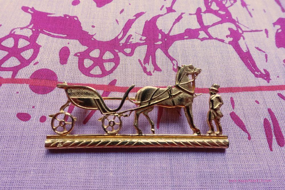 Brosche - Hermès Logo - Kutsche mit Pferd und Reiter