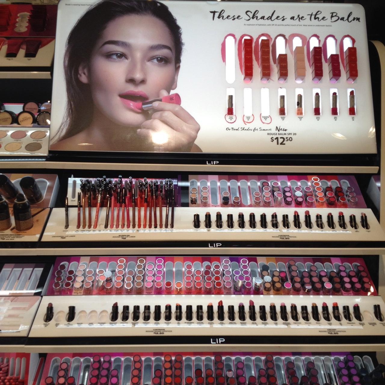 a couple of lipsticks / ein paar Lippenstifte