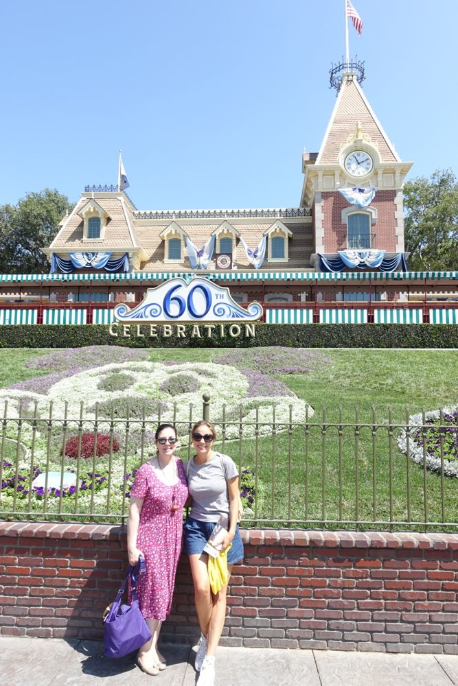 Disneyland's main entrance / Haupteingang
