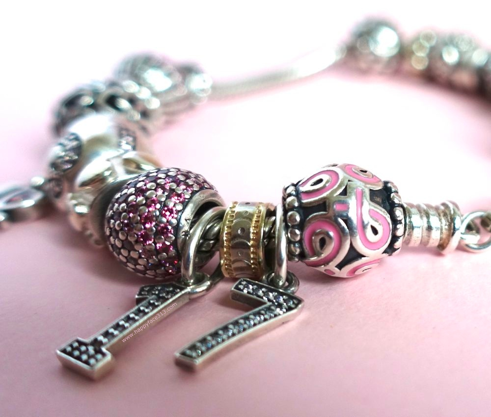 happyface313-u30-blogger-and-friends-going-pink-ribbon-pandora