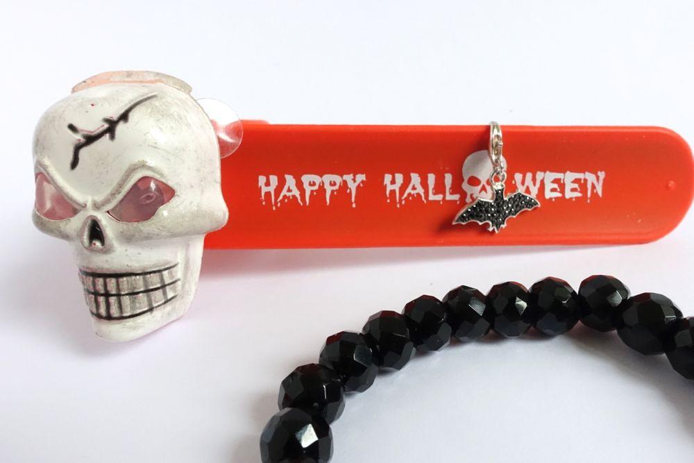 HappyFace313-Zombie-Halloween-Fledermaus