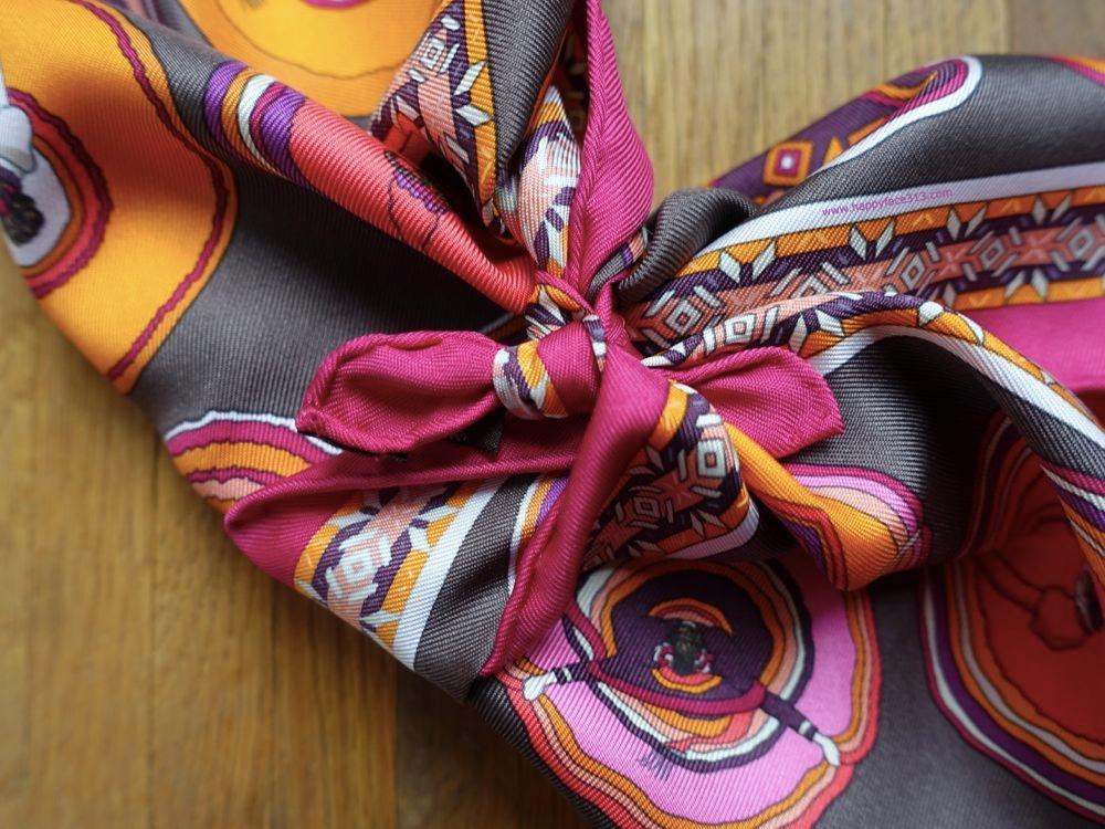 HappyFace313-How-I-wear-my-neckerchief-second-knot