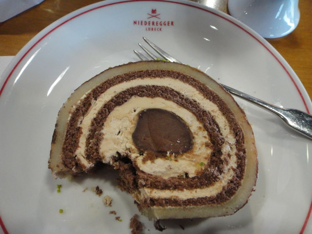 HappyFace313-Schokolade-zum-Anziehen-Niederegger-Torte