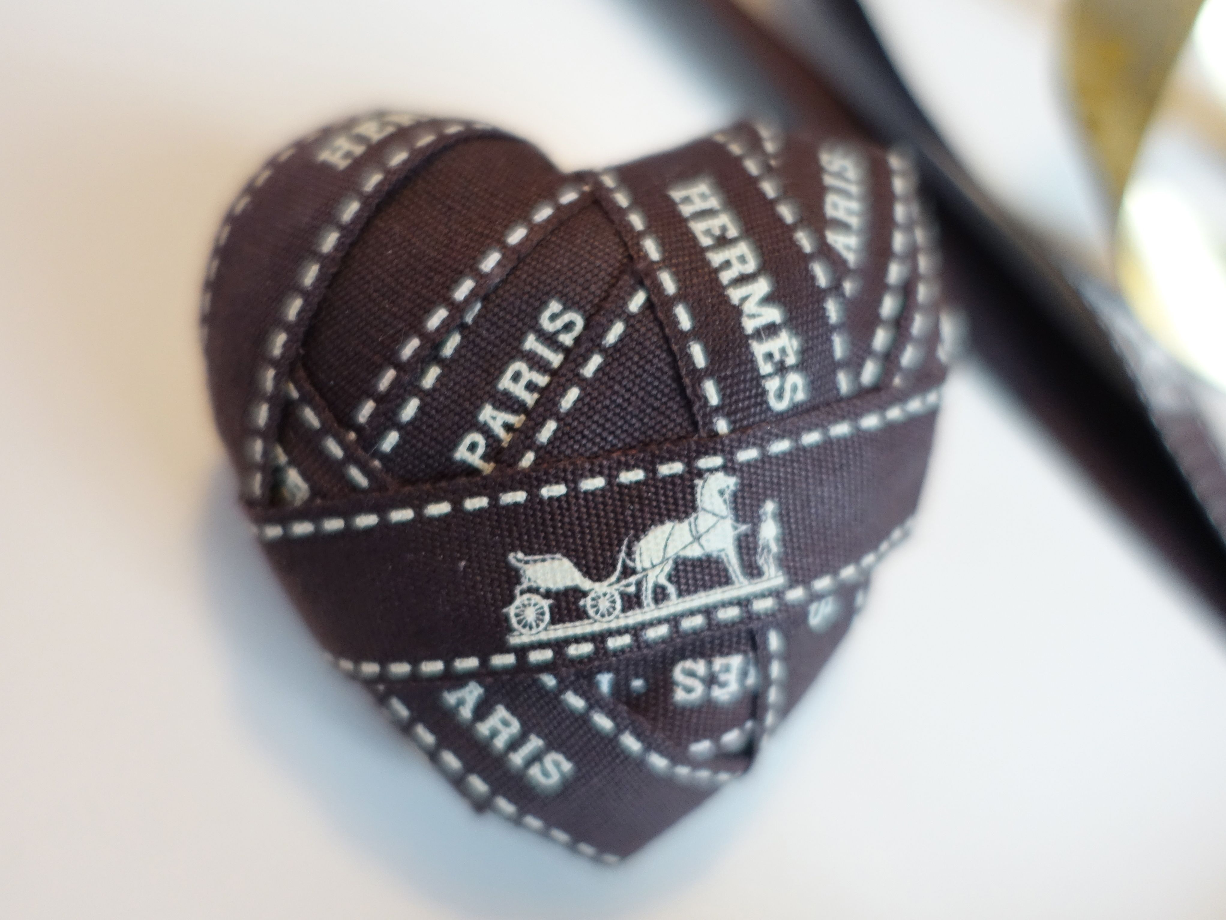 HappyFace313-HappyFace-Etsy-Hermes-Bolduc-heart