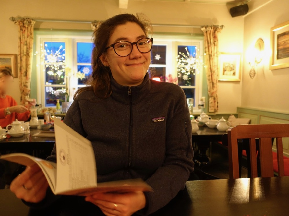 HappyFace313 Pia Reschberger Kleine Teestube